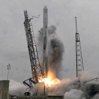 SpaceX Achieves First Booster Flyback During Space Station Mission | More Commercial Space News | Scoop.it