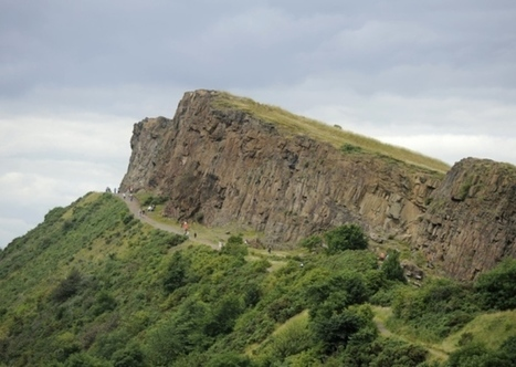 Man, 22, in hospital after 50ft Holyrood Park fall | Today's Edinburgh News | Scoop.it