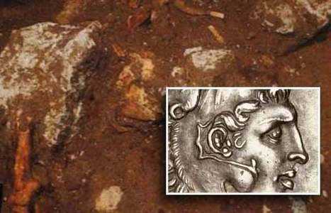 Alexander the Great Coins Found in Amphipolis Tomb | LVDVS CHIRONIS 3.0 | Scoop.it