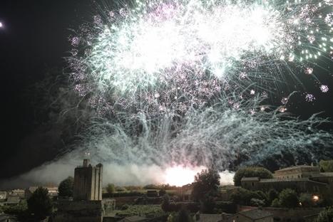 Vous n'y étiez pas ? Revivez le feu d'artifice de Saint-Emilion en vidéo - Sud Ouest | dordogne - perigord | Scoop.it
