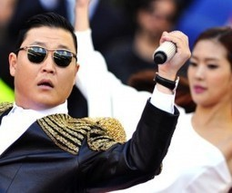 PSY becomes only the third artist to reach 3 billion views on his YouTube channel | TV Trends | Scoop.it