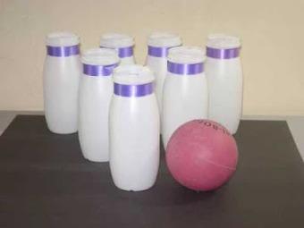 Juego de Bowling reciclando botellas | Construccion y Manualidades : Hazlo tu mismo | Qui no té feina el gat pentina | Scoop.it