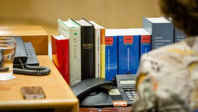 'Met een parlement dat boeken vervangt door knoppen is iets grondig mis' | trends in bibliotheken | Scoop.it