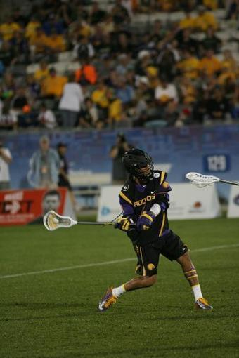 Gallery: Iroquois Dominate England (FIL Worlds) - US Lacrosse | Biidaajimowin Baakiiginigan | Scoop.it