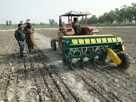 New multi-crop zero-till planter boosts yields and farming efficiency in Pakistan | CIMMYT  | Earth Citizens Perspective | Scoop.it