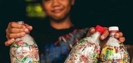 Vidéo : 38 écoles construites avec des déchets ! | Economie Responsable et Consommation Collaborative | Scoop.it