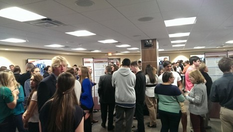 The Rise of Digital Poster Sessions: creating new learning interactions in the library | Competencias para el manejo de la información | Scoop.it