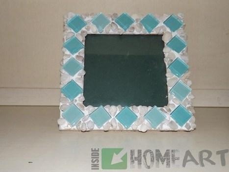 Schmücken einen Rahmen mit Kieselsteinen.(cornice con dei sassolini e tessere colorate) | kreative Ideen | Scoop.it