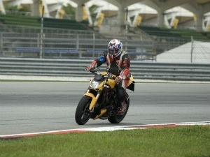 Ducati Streetfighter 848: First Ride (Sepang, Malaysia) | zigwheels.com | Ductalk | Scoop.it