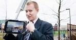 Tällainen mies on perussuomalainen, joka sekoitti puolueensa Tom of Finland -patsaalla | Etiikka | Scoop.it