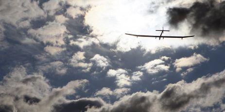 L'avion solaire Solar Impulse fait route vers Le Bourget - LeMonde.fr | Notre planète | Scoop.it