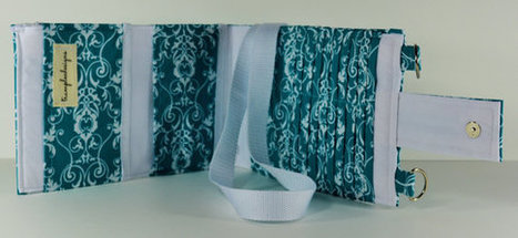 Women's Wallet Organizer with Card Slots - 2 in 1 - Teal Blue and White Flowers | Tramp Lee Designs Bags | Scoop.it