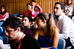 U.Porto e associação Abraço juntas na prevenção do VIH/Sida « Notícias UP   Universidade do Porto   Scoop.it