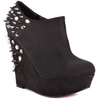 Yet To Be - Black Suede   Wedding Shoes   Scoop.it