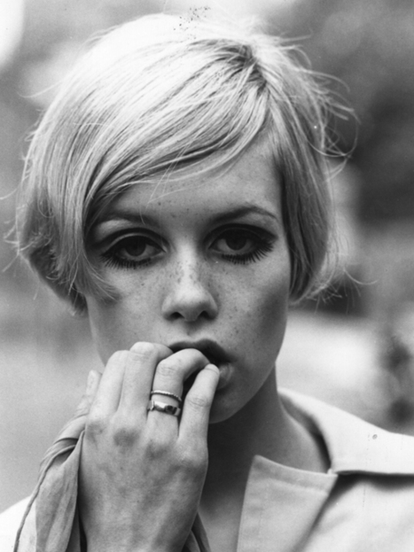 30 Iconic Photographs of Twiggy | Emotional triggers | Scoop.it