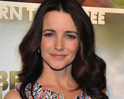 Pilot Scoop: Sex and the City's Kristin Davis Eyes TV Return in CBS Comedy Bad Teacher | fashion show | Scoop.it