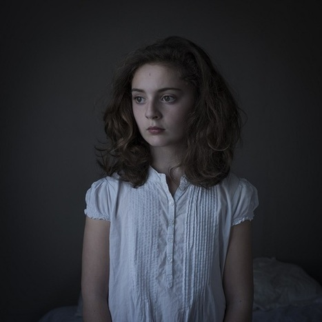 Photographer Captures Stark, Intimate Portraits Of People - DesignTAXI.com | Best Photography tips and tricks | Scoop.it