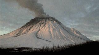 100-year-old volcano ash in Alaska kicked up by winds | Climate Chaos News | Scoop.it