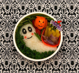 Recette boite à lunch spéciale Halloween - plat à emporter au riz et légumes, vegan - (Japon) | Vegan Végé, écologie et Cie | Scoop.it