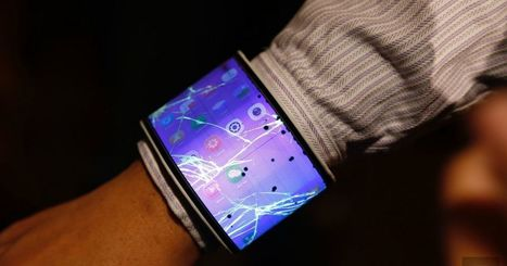 A closer look at Lenovo's bendy concept phone and tablet | African media futures | Scoop.it