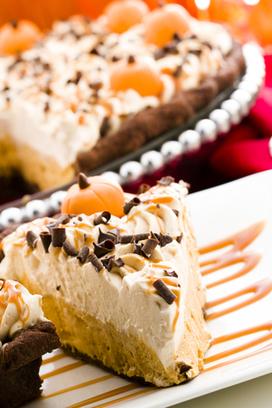 Pumpkin Cheesecake with Caramel Rum Sauce | Decadent Dessert Recipes | Scoop.it