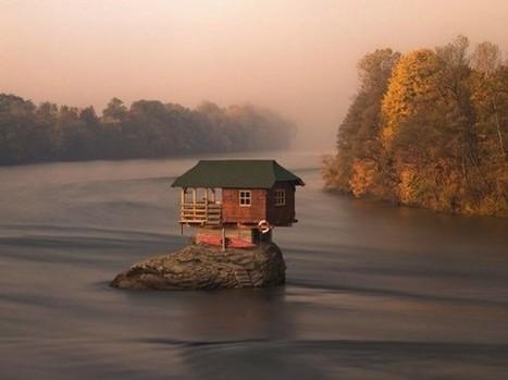 La maison au milieu de la rivière Drina en Serbie | w3sh magazine | Déco Design | Scoop.it