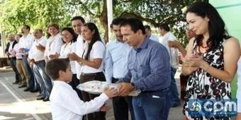 En Cuauhtémoc, entrega de computadoras conforme a lo programado: Guillermo Rangel. | Secretario Educación Guillermo Rangel | Scoop.it