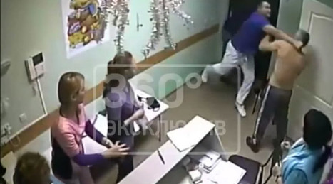 'You touched my nurse': Russian doctor hits & kills patient in hospital (VIDEO) | Breaking World - African News | Scoop.it
