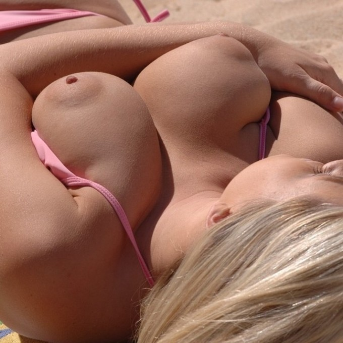 young nude white girls full frontal