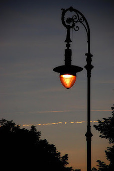 #CX Improvements and The Streetlight Effect | Lighting in history | Scoop.it