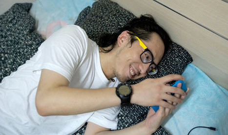 For Sympathetic Ear, More Chinese Turn to Smartphone Program | China | Scoop.it