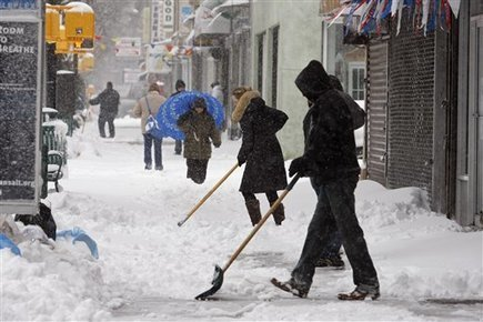 Shovel Snow In The Winter For Cash - Ways To Make Money, Earn Living Online, How To Get Money | ways to make money | Scoop.it