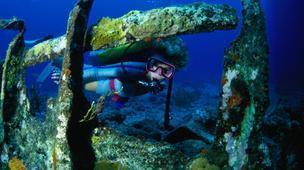 Wreck diving in Bermuda   dive   Scoop.it