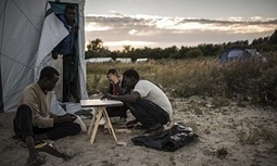 Calais migrant camp gets makeshift library – and it needs more books | innovative libraries | Scoop.it