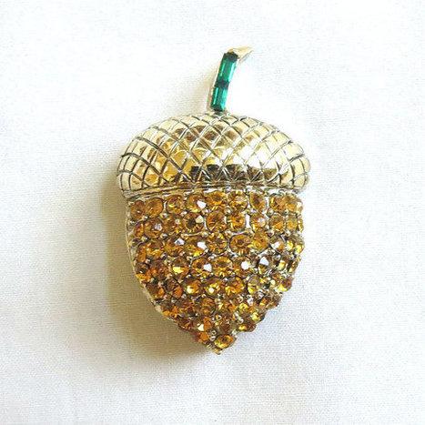 Vintage PELL Emerald Green & Topaz Pave Rhinestones Acorn Brooch or Pin   Favorite Vintage Jewelry   Scoop.it