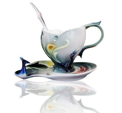 A romanticism of lips with a beautiful tea cup   tea cup   Scoop.it