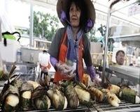 Is Singapore Leading Street Food Innovation? - PSFK | CarolineColo | Scoop.it