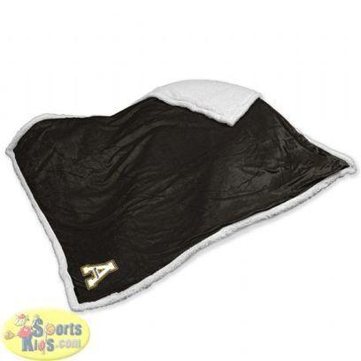 Appalachian State Mountaineers Sherpa Blanket | NCAA Bedding Sets - Sportskids.com | Scoop.it