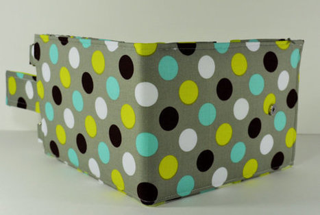 Women's Wallet Organizer with Card Slots - 2 in 1 - Gray and Green with Polka Dots | Tramp Lee Designs Bags | Scoop.it