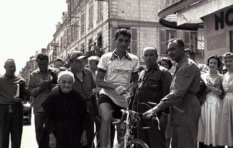 @LaurentGaudens L'étape1955 départ contre-la-montre #Châtellerault -Tours @LeTour | Chatellerault, secouez-moi, secouez-moi! | Scoop.it