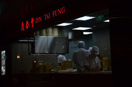 Living in Sin: Din Tai Fung Addicts? Us? Never! | Food in Singapore | Scoop.it