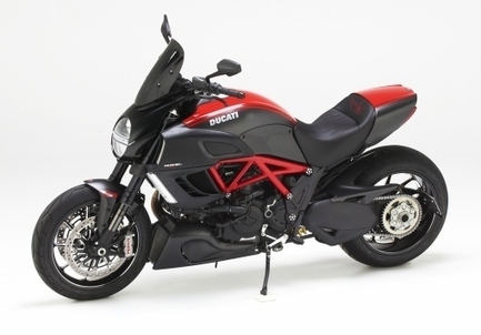 Corbin Introduces a Dual Saddle for the New Ducati Diavel | Motor Sports Newswire | Ductalk | Scoop.it
