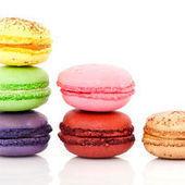 Ladurée, le roi du macaron, se lance dans les cosmétiques en France | Actus Cosmétiques | Scoop.it