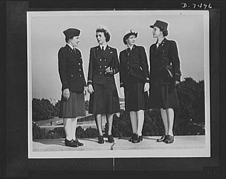 Uncle Sam's nieces. First photographs showing all four women's branches of the armed services in uniform. The photographs have been taken in compliance with a request to show the distinguishing fea... | Wonderful World of History | Scoop.it