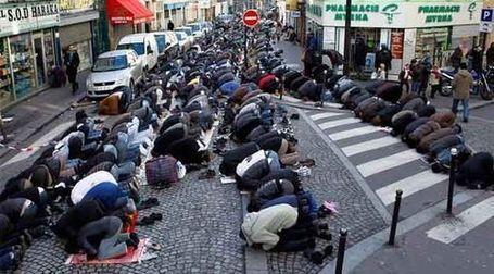 Картинки по запросу мусульманизация карикатуры