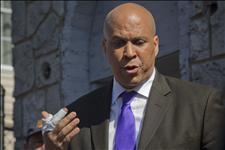 Union Activist Says Obama, Booker 'Genetically Engineered to Divide and Negate Black Political Energies' | News You Can Use - NO PINKSLIME | Scoop.it