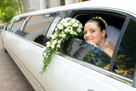 A Fancy Ride: Tips on Hiring the Ideal Limo Service for Your Weddin | Antique Limousine of Indianapolis | Scoop.it