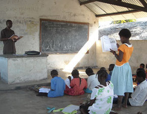 Image of students in Africa | The Effects of Poverty on Education | Scoop.it