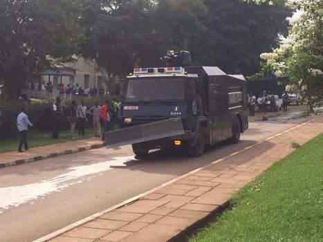 Police deployed to contain striking Makerere students | UgandaNuz | Scoop.it