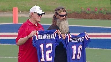 Bradshaw: No 4 Super Bowl Wins if Duck Dynasty's Phil Robertson Hadn't Left as Starting QB to Hunt Ducks | interlinc | Scoop.it
